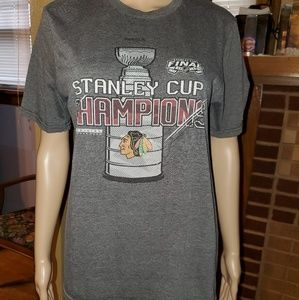 Reebok-Chicago Blackhawks, Size XL, gray shirt.